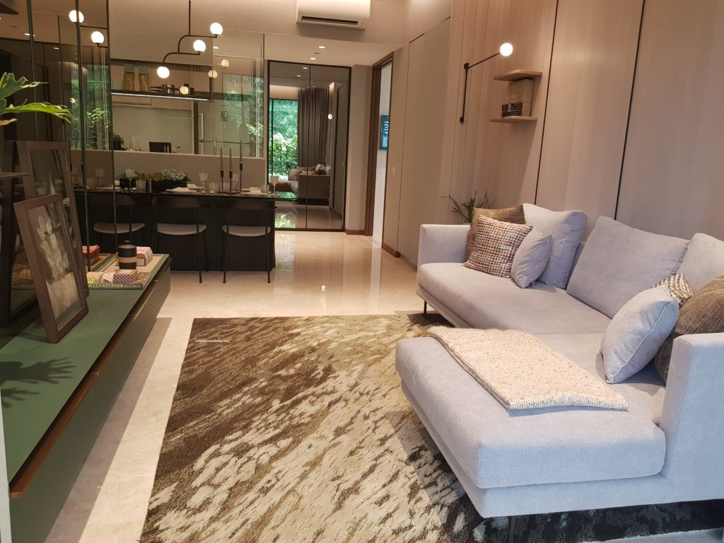 Fourth avenue residence in Bukit Timah, condo at sixth avenue mrt station, condo near raffles girl school primary